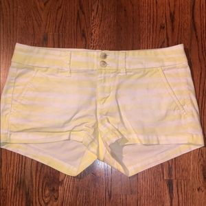 American Eagle yellow and white stripped shorts